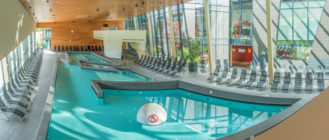 "Thermal-Innenbecken ""AQUALUX fun & family""-Erlebniswelt in der Aqualux Therme Fohnsdorf"
